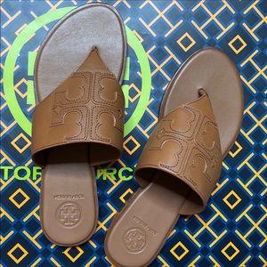 NIB Tory Burch Thong Leather Slippers in Tan